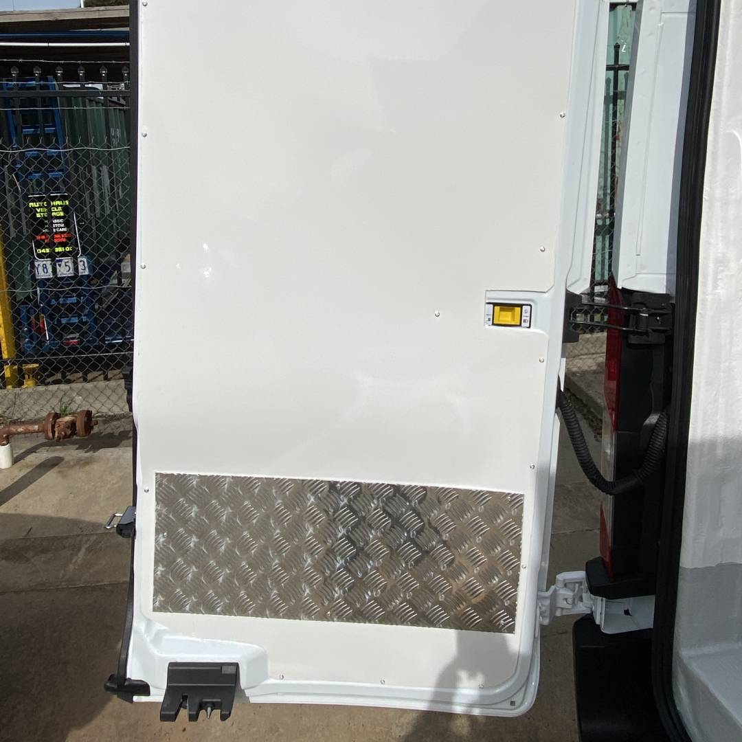 Cheapest REFRIGERATED Van on rent - FORD TRANSIT MEDIUM ROOF 3